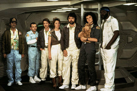 HARRY DEAN STANTON IAN HOLM JOHN HURT VERONICA CARTWRIGHT TOM SKERRITT SIGOURNEY WEAVER YAPHET KOTTO ALIEN (1979)